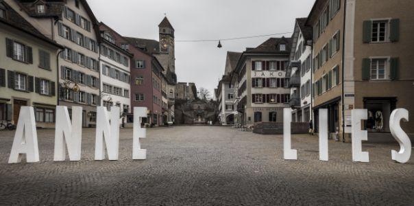 20160312 082050 Annelies Auf Hauptplatz-HDR